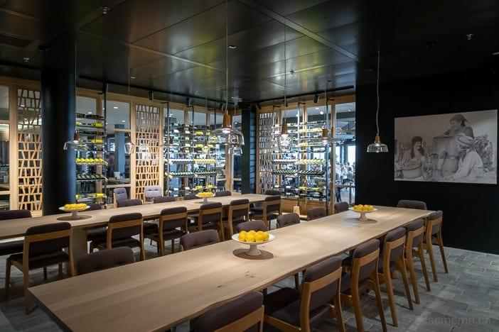 Weinraum im OLEA Restaurant