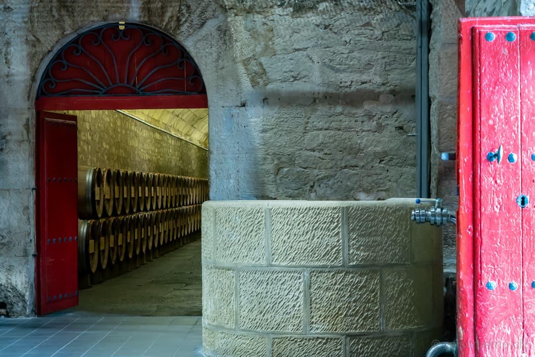 Eingang in die Weinkeller von Marqués de Riscal in Elciego