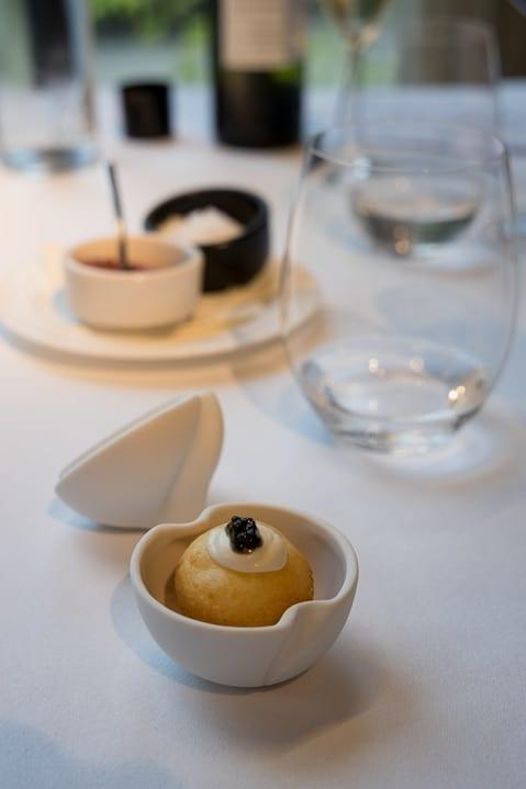Gruss aus der Küche im Cuisine Restaurant des Designhotels Viura in Villabuena de Álava