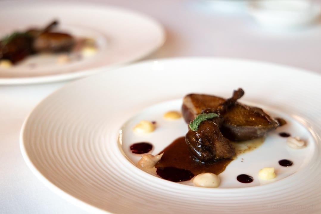 Jungtaube im El Gastronomico Restaurant des Marqués de Riscal Hotels