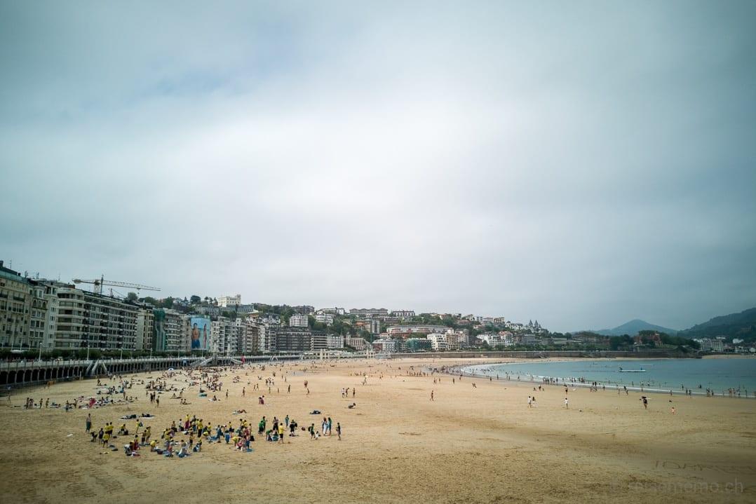 Muschelförmiger Strand La Concha von San Sebastián
