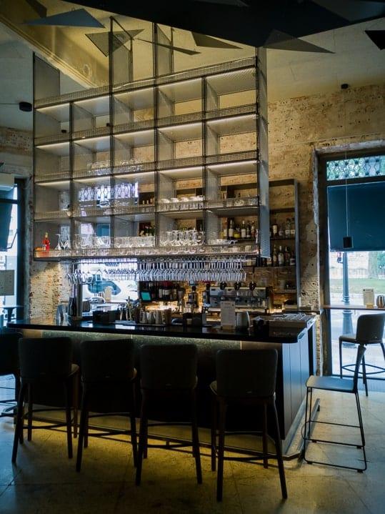 Hotelbar im Patri Restaurant des Tayko Hotel Bilbao