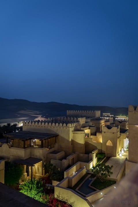 Einem Wüstenfort nachempfundenes Luxusresort