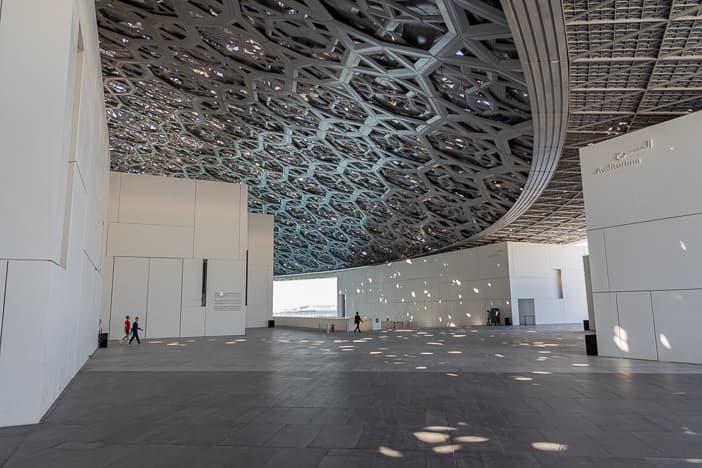Aluminium-Kuppel mit 180 Metern Spannweite