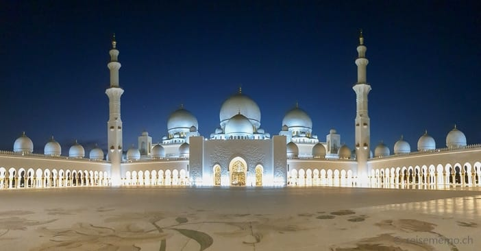 Grande Mosque in Abu Dhabi
