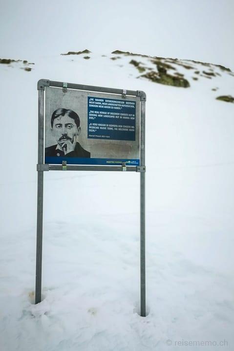 Marcel Proust auf dem Philosophenweg: Die wahren Entdeckungsreisen bestehen nicht darin, neue Landschaften aufzusuchen, sondern neue Augen zu haben.