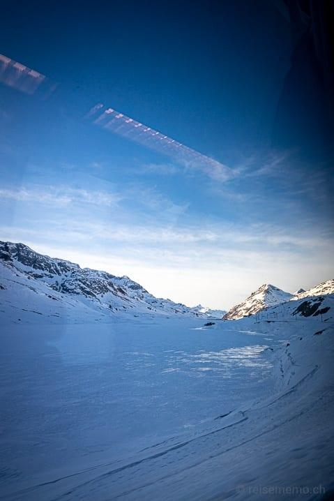 Zugefrorener Lago Bianco