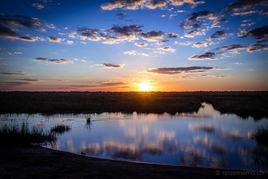 Sonnenuntergang im Linyanti-Gebiet des Okavango-Deltas