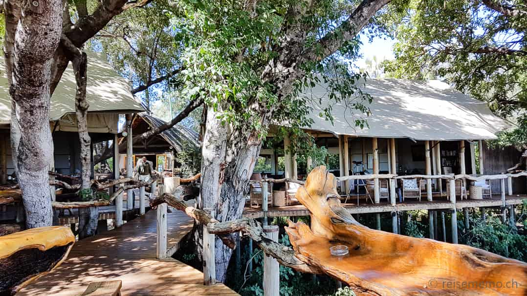 Openair Bar und Restaurant im Tubu Tree Camp in Botswana