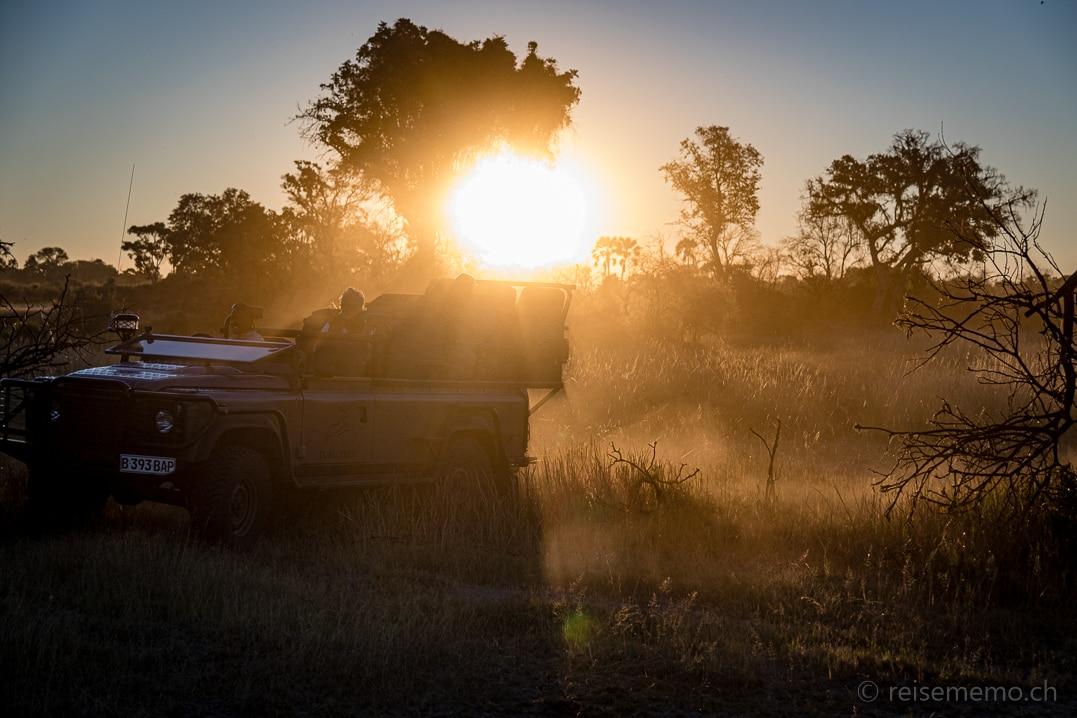 Safari Jeep des Tubu Tree Camps im Okavango Delta, Botswana