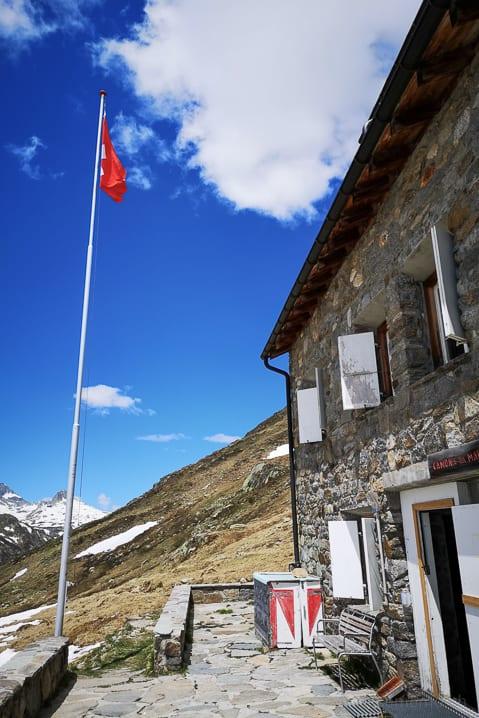 Camona da Maighels, Graubünden, Maighels Hütte
