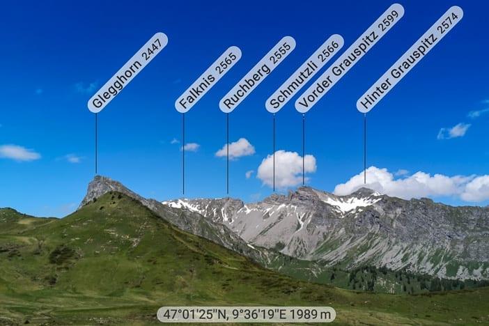 Kegel mit im Hintergrund Glegghorn bis Vorder und Hinter Grauspitz