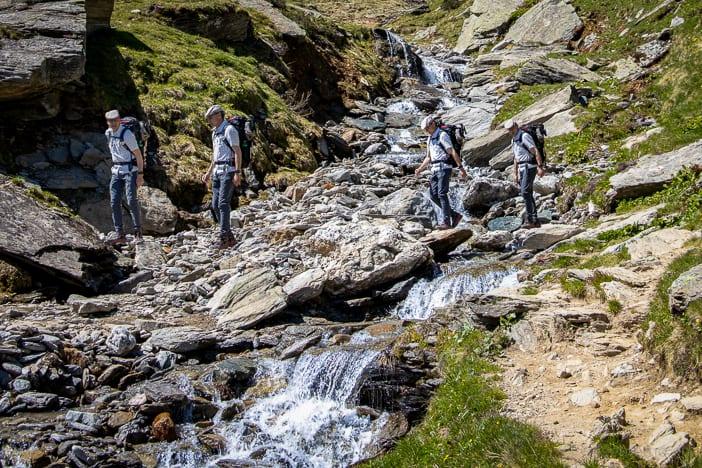 Bach, Graubünden, Walter Schärer, Wanderung, Wanderweg, wandern