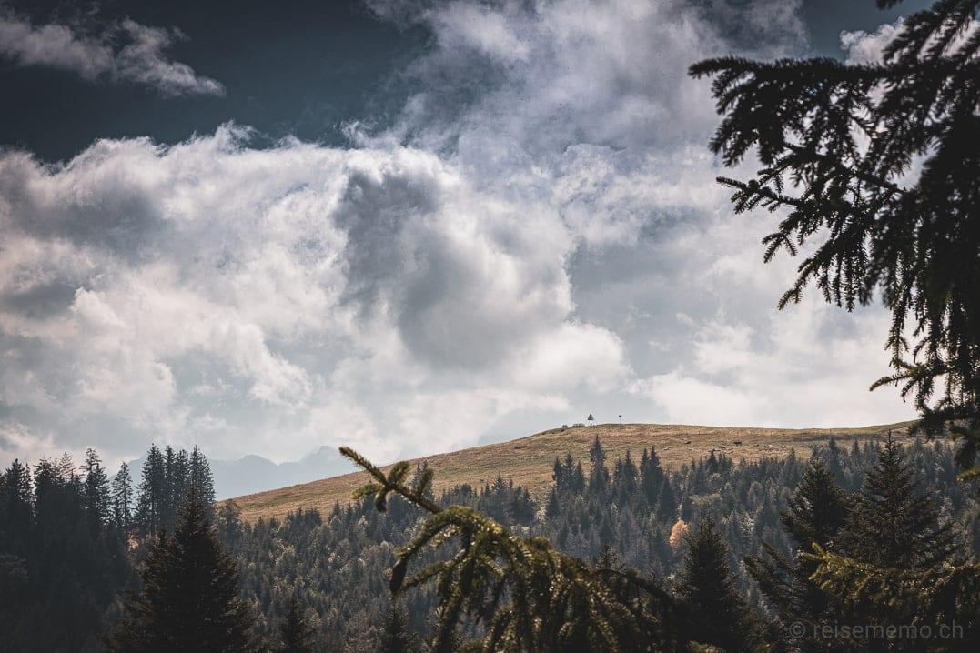 Sicht vom Wanderweg auf Stöcklichrüz