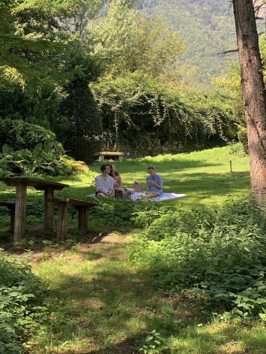 Picknick im Garten des Kränzelhofes