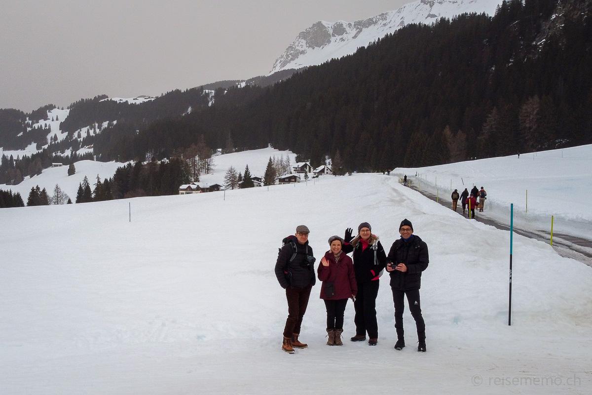 Winterwanderung auf dem Mittelberg-Weg bei Parpan