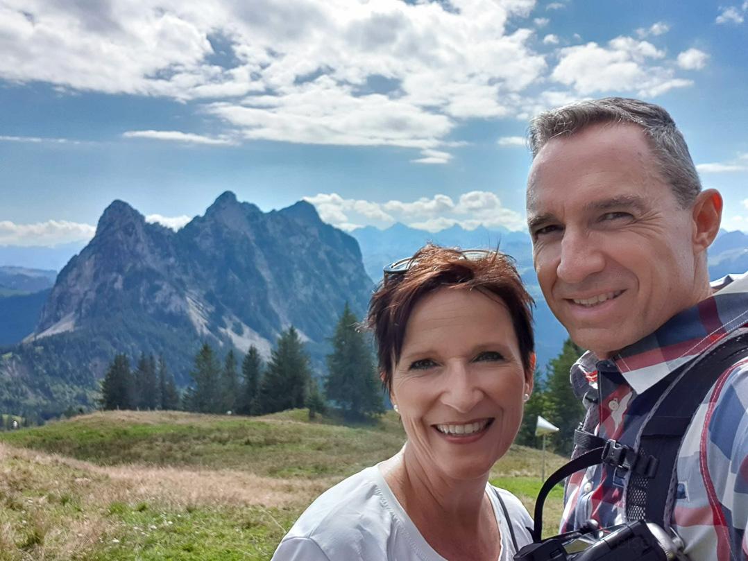 Katja und Walter auf dem Hochstuckli