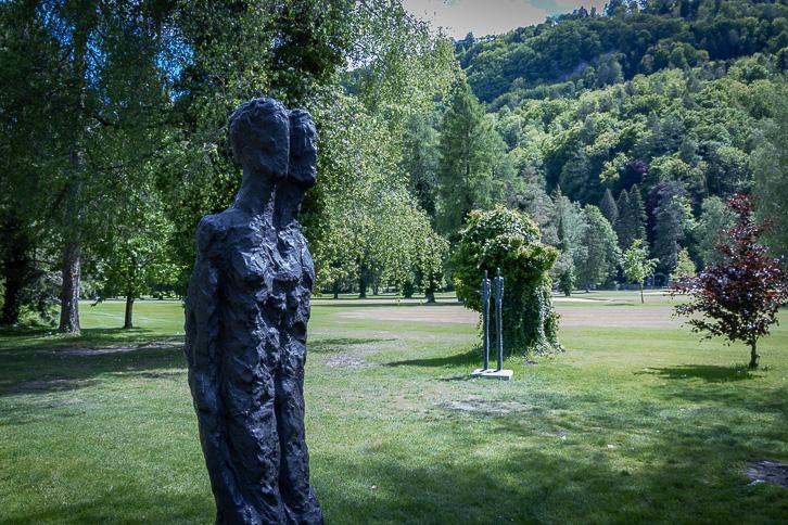 """""""Nähe und Distanz"""" von Milan Spacek auf dem Golfplatz Bad Ragaz"""