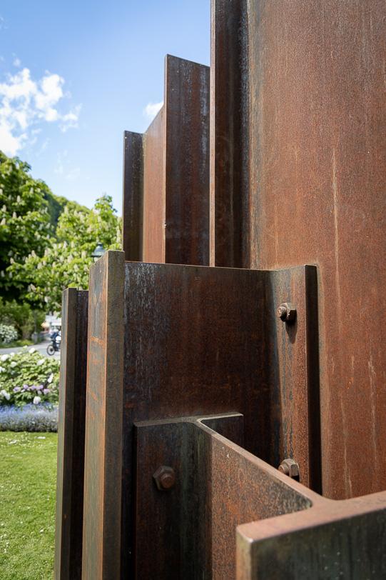 """James Licini aus der Schweiz: """"Stahlbau 1/98 HEB 900"""""""