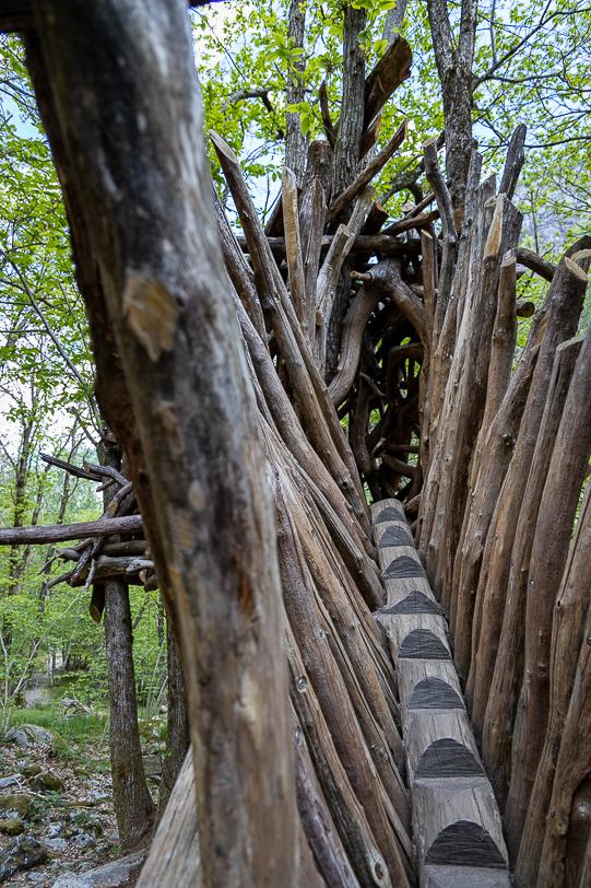 Treppe zum Baumhaus der GRG Zimmerei