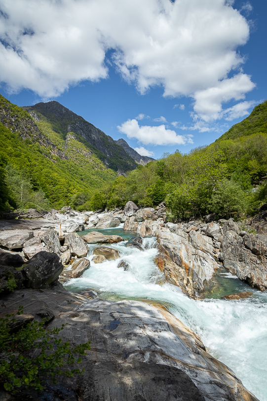 Wanderung entlang der Verzasca