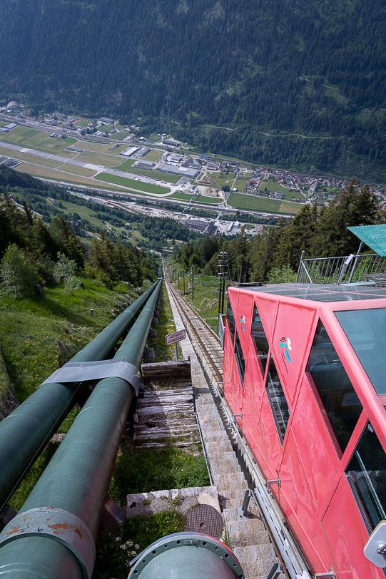 Steile Ritom Standseilbahn bei Piotta Bergstation
