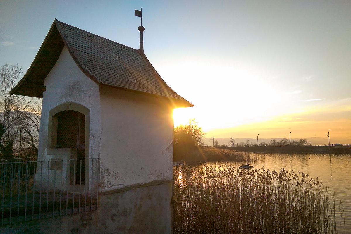 Kapelle Heilig Hüsli im Sonnenuntergang